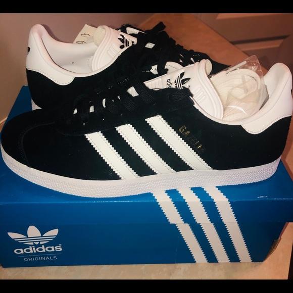 adidas Shoes - Adidas Gazelle Women's Shoes Size 7 NWT